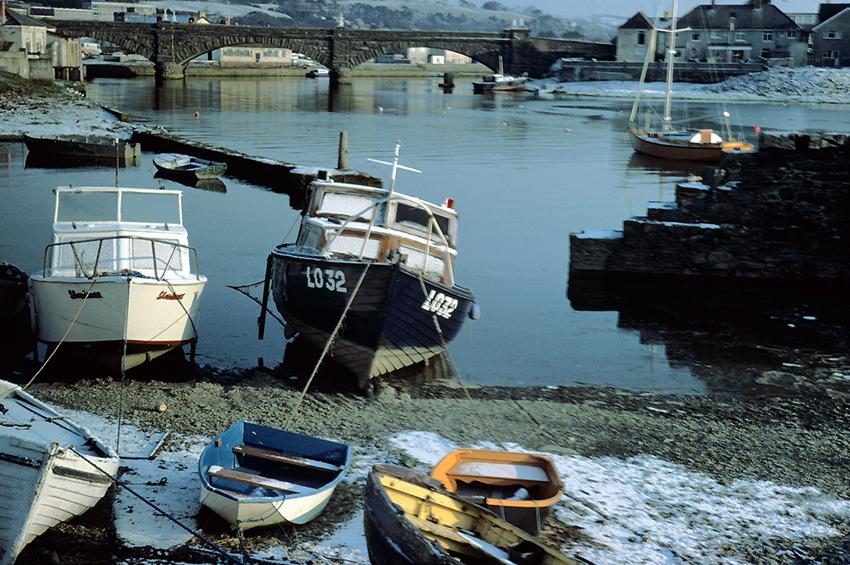 Aberystwyth Harbour, 1985   DI2007_1895,    C.417198,    NPRN: 34174