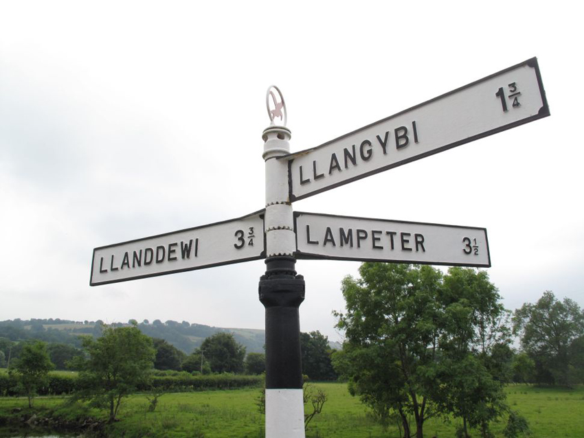 Fingerpost – Illustrative © Crown copyright Royal Commission on the Ancient and Historical Monuments of Wales