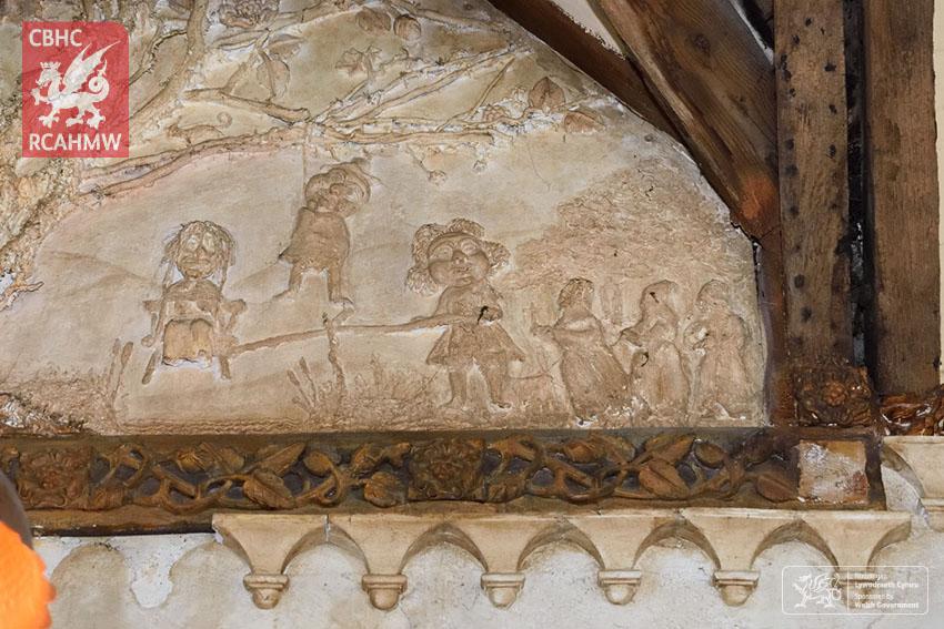 Y Sospan, Llys Owain, Dolgellau, plastered gable above the fireplace, 2019 Ref. EASPA04_005_54 C.664050 NPRN: 28738
