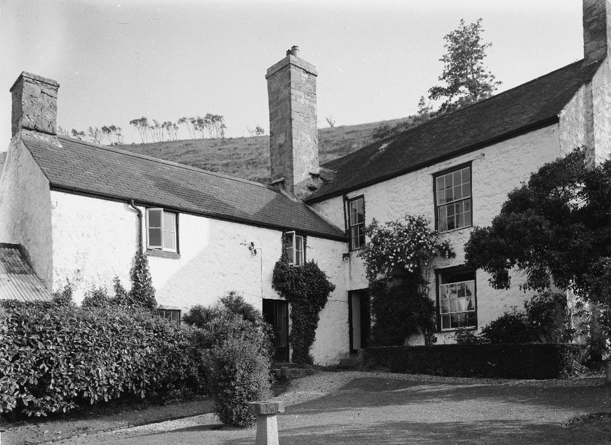 This photo of Hendre Uchaf was taken in 1953 by G. B. Mason, but the garden remained largely unchanged in the 70s and 80s